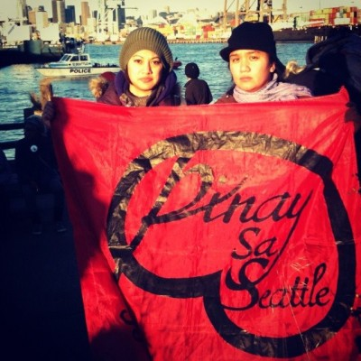 Pin@y sa Seattle members Donna Denina and Claudia Alexandr Paras at West Coast Port Shutdown protests, Dec. 12, 2011