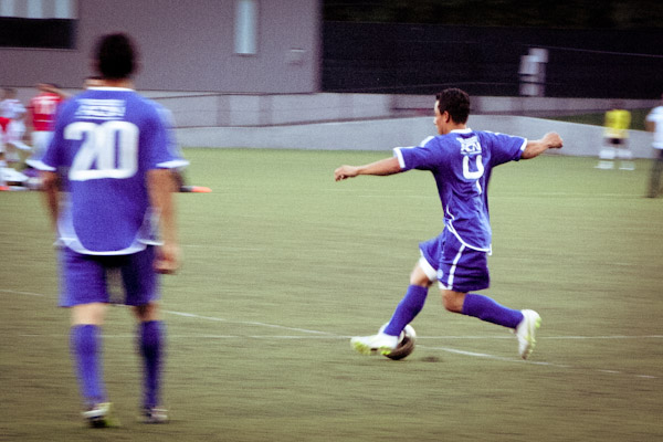 On opening night, El Salvador faced off against Iran. The game ended in a 0-0 tie. (Photo by Sihanouk Mariona)
