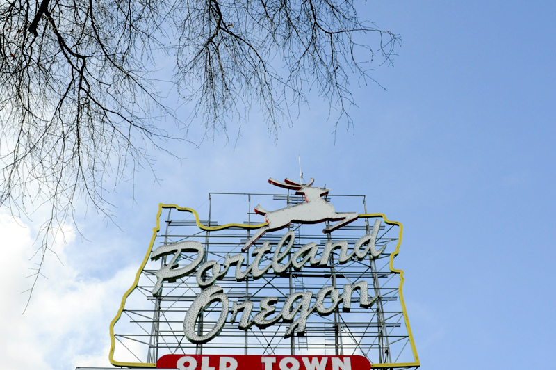 The iconic sign welcoming visitors to Portland. Globalist writer Simona Trakiyska explores this northwest city with a global perspective. (Photo by Sara Stogner)