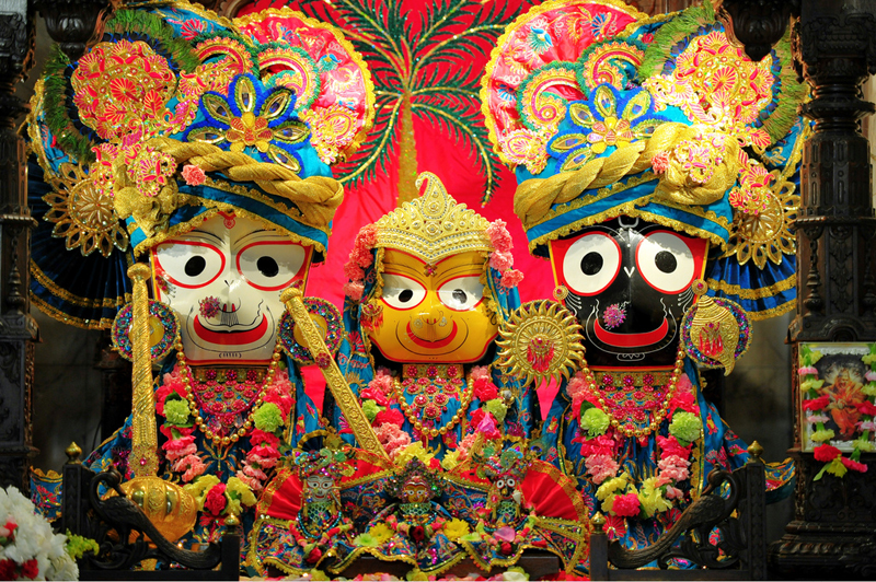 A shrine to Jagganath at a temple in India. You know the guys who made this were big time potheads, BIG TIME. (Photo via Flickr by Sureshnarsimhan)
