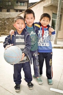 Future NBA players in rural Guizhou Province, China. (Photo by Thomas Galvez)