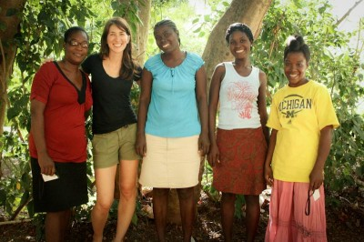 Katlin Jackson (second from left) with some of the mothers Haiti Babi employs. (Photo courtesy Katlin Jackson)