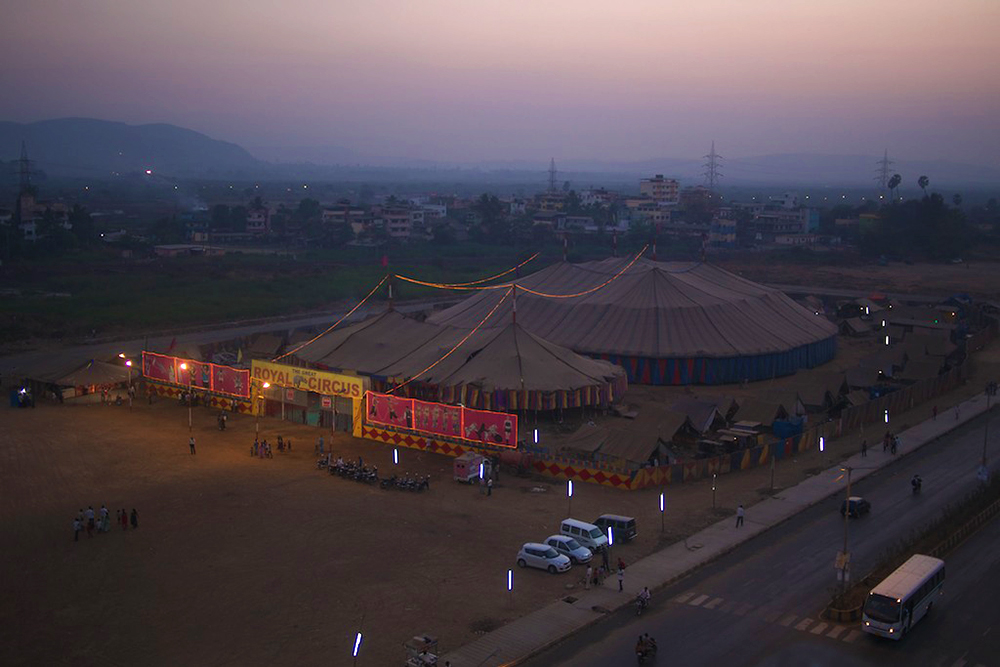 Aerial view of the Rambo circus tent and its artists' living quarters.