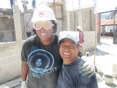 The author with Aurelio Hernandez, In Country Director of GLobal Visionaries, building a school in San Antonio Augas Calientes, Guatemala. Photo thanks to Reagan Jackson.