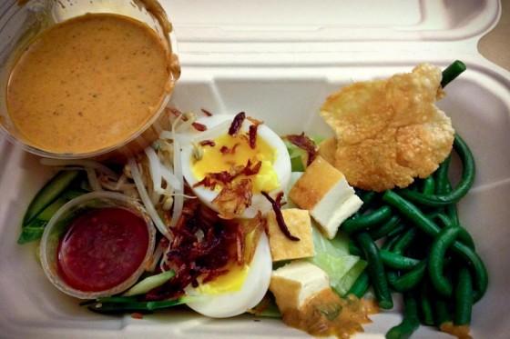 Duck egg gado. (Photo courtesy Kedai Makan)