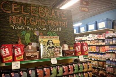 A display at the Sno-Isle Natural Foods Co-Op in Everett shows support for Washington's food labeling initiative. (Photo by Ashley Stewart)