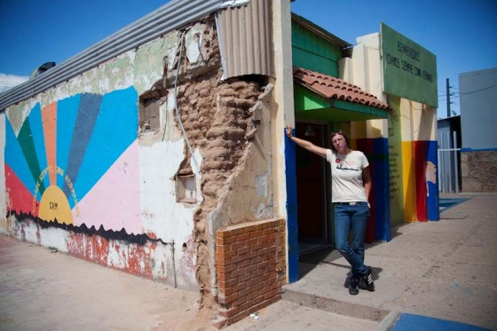 The author outside the Migrant Resource Center, which provides support to recently deported immigrants in Agua Prieta, Mexico. (Photo by Bob Torres)