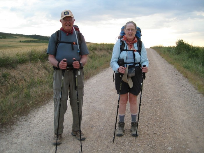Dick (left) and Jane Carter traveling near Los Arcos on the Camino Francés in 2008. (Photo courtesy of Dick Carter)
