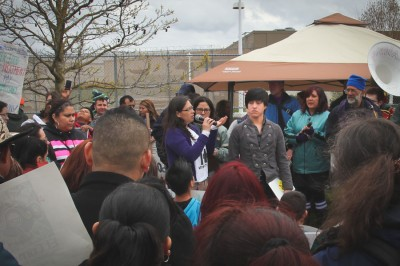 Jose Moreno speaks about his experience as a hunger striking detainee. (Photo by Lael Henterly)