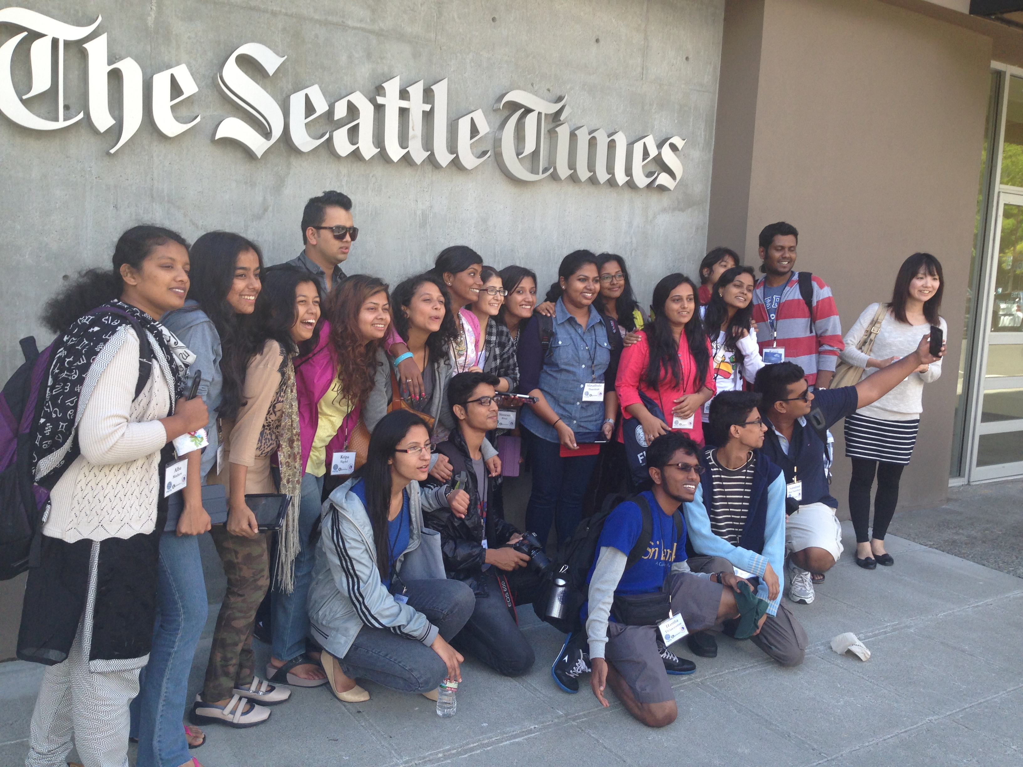 SUSI students visited The Seattle Times newsroom. (Photo by Jessica Partnow)