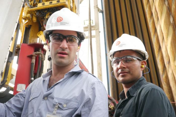 David Poritz (left) and Hugo Lucitante at Petroamazonas oil site. (Photo courtesy Oil & Water)