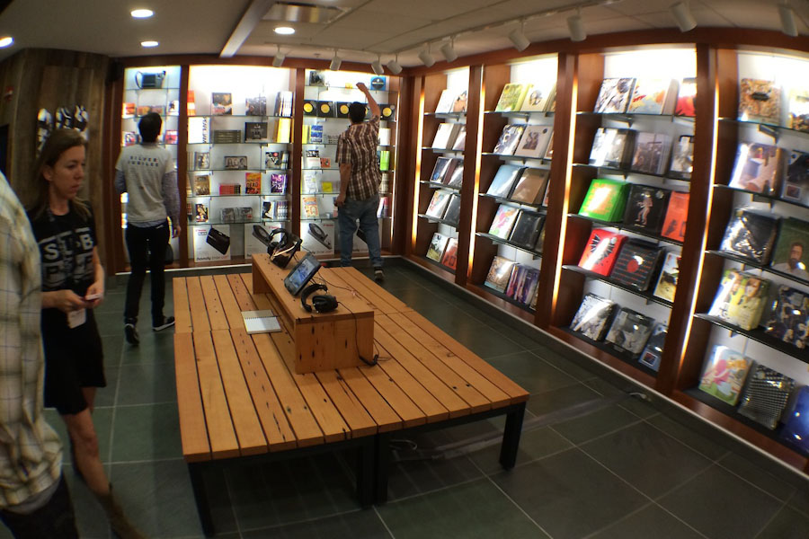 sub pop s music shop an unlikely fit at sea tac the seattle globalist. Black Bedroom Furniture Sets. Home Design Ideas
