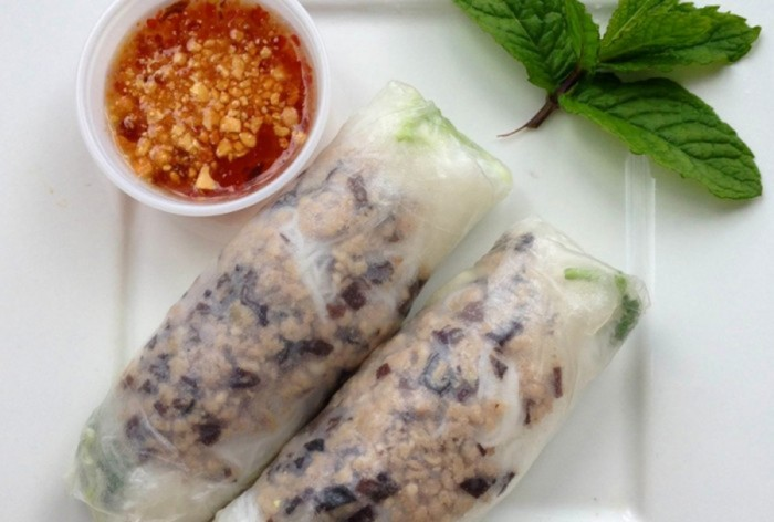 Spicy Papaya's famous fresh rolls. (Photo via Spicy Papaya Food Truck's Facebook)
