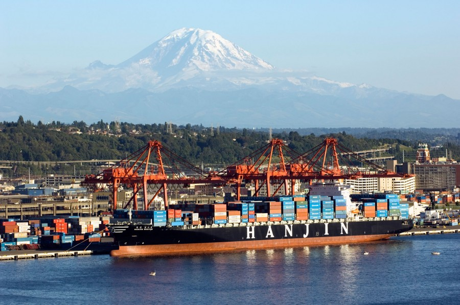 Hanjin Boston working at Port of Seattle's T-46, 31 July 2005. Port of Seattle image by Don Wilson.