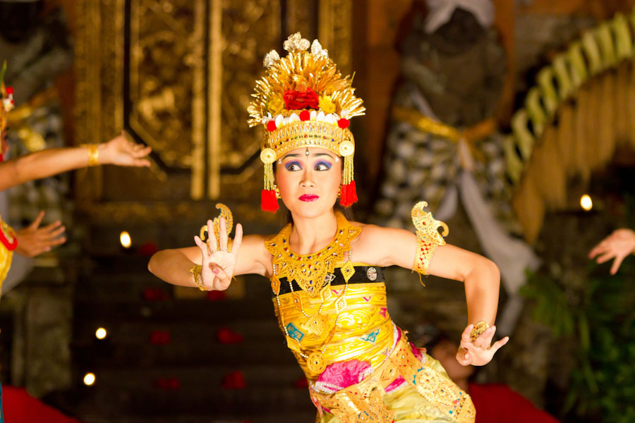 A Legong Balinese dancer. (Photo from Flickr by Jorge Dalmau)