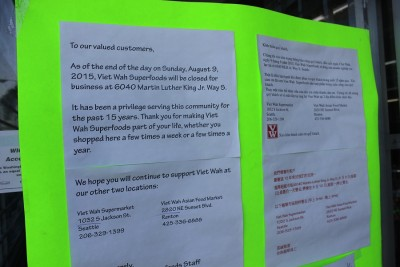 Viet Wah Supperefoods store closure notice after 15 years of business.(Photo by Goorish Wibneh)
