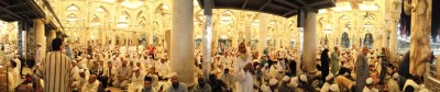 The second floor of holy mosque in Mecca is crowded with worshipers just before one of the prayers. (Photo by Tariq Yusuf)