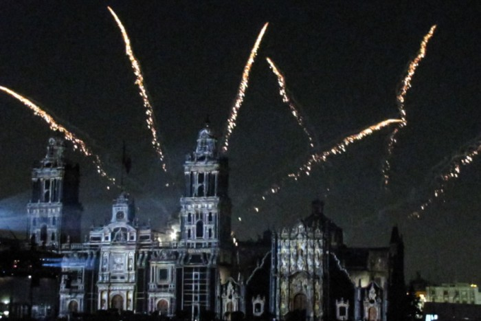 Mexican Independence Day fireworks over the Zocalo in Mexico City. (Photo by Daniel Kapellmann)