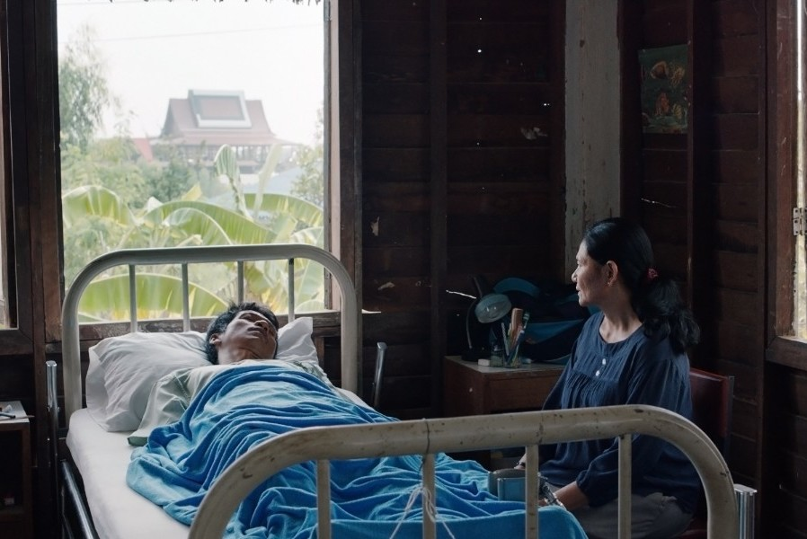 """""""Cemetery of Splendor"""" is an enigmatic film, made before the 2014 junta in Thailand. (Photo courtesy Strand Releasing.)"""