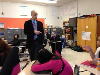 Rainier Beach principal Dwane Chappelle talks to sophomores about the IB program. GABRIEL SPITZER / KPLU,2012
