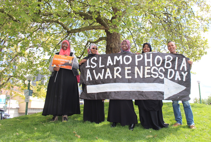 Student activists observing the first Islamophobia Awareness Day in 2015 near Victor Steinbrueck Park. (Photo by Ayan Jama)