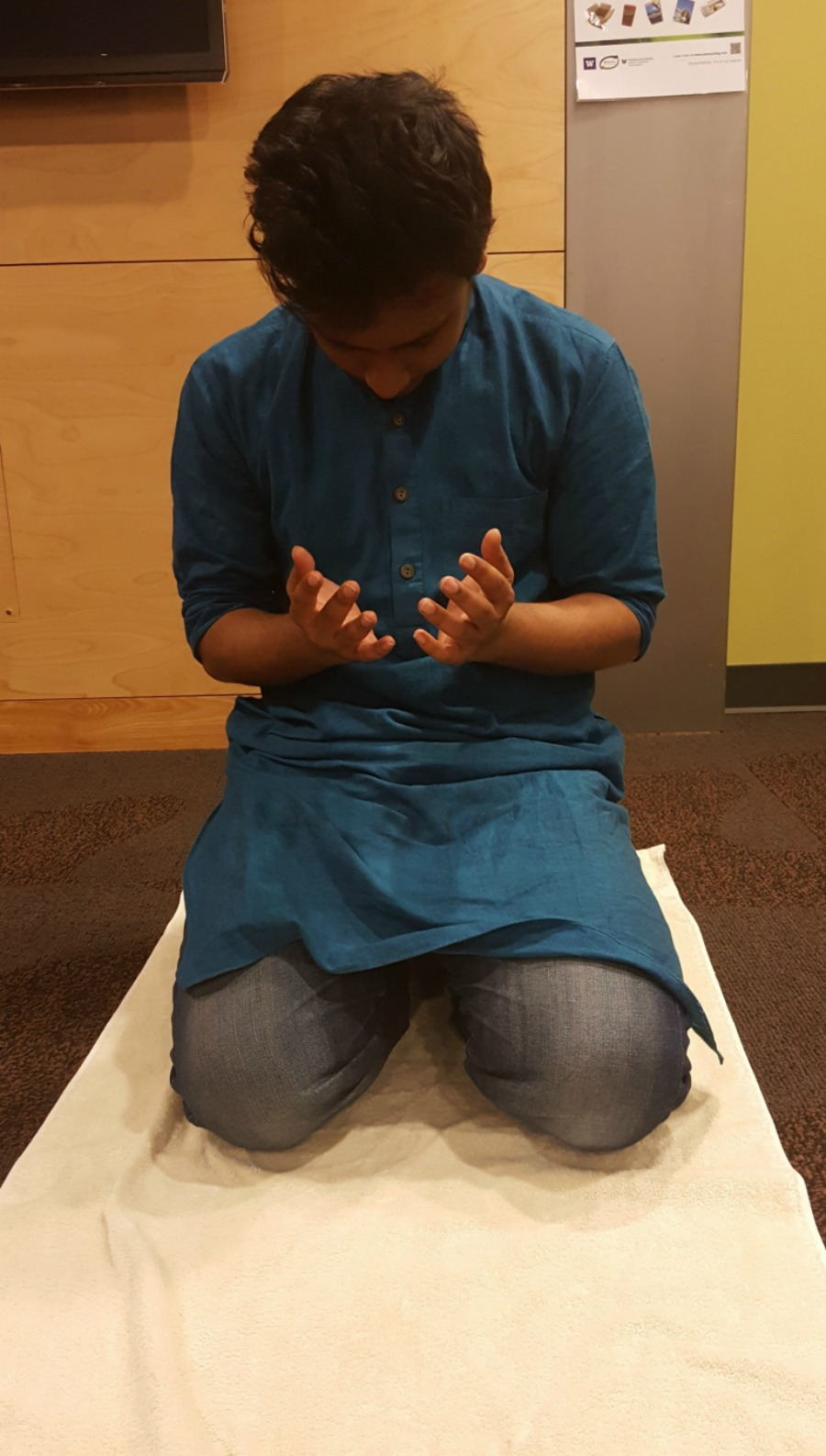 Rafsanul Hoque finishing up his salaah (Photo by Faizah Aditya Aziz)