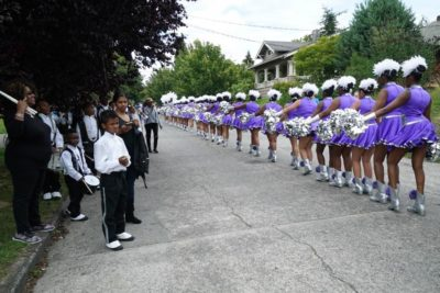 The Dolls depart the Wallingford Family Parade.