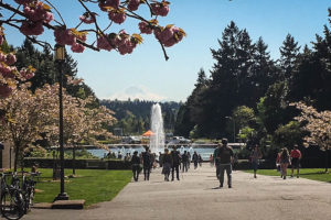 University of Washington's Drumheller Fountain. (Photo by The Seattle Globalist.)