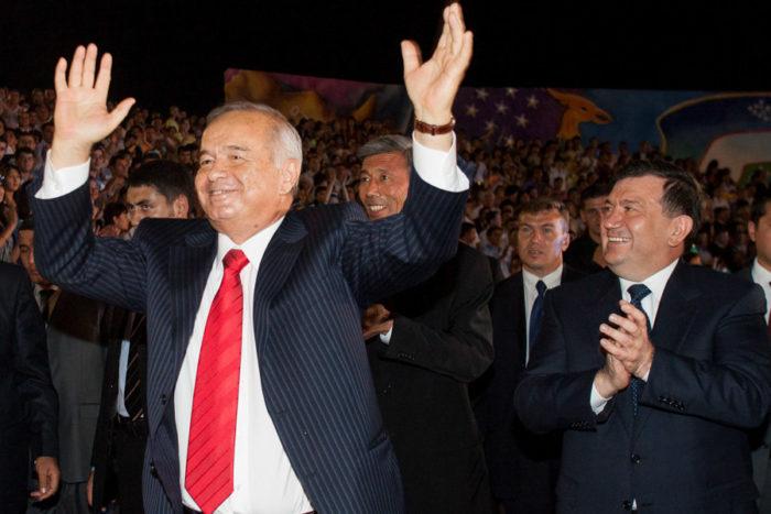 Uzbekistan's President Islam Karimov (L) dances as Prime Minister Shavkat Mirziyoyev applauds next to him during Independence Day celebrations in Tashkent, Uzbekistan in 2007. (Photo from Reuters / Shamil Zhumatov)