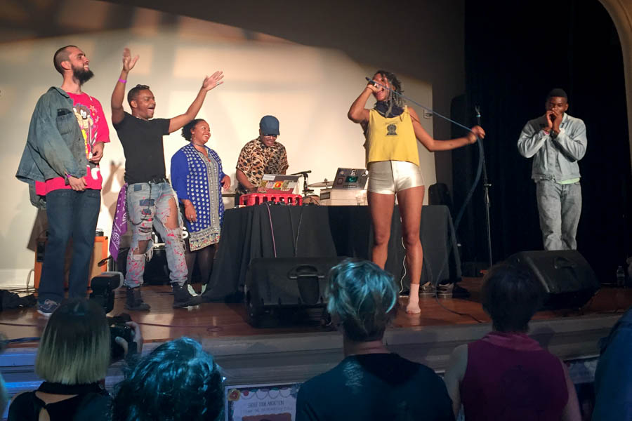 Donormaal invites audiences members onstage at the Stomp the Patriarchy event to celebrate the anniversary of #ShoutYourAbortion. (Photo by Melissa Lin.)