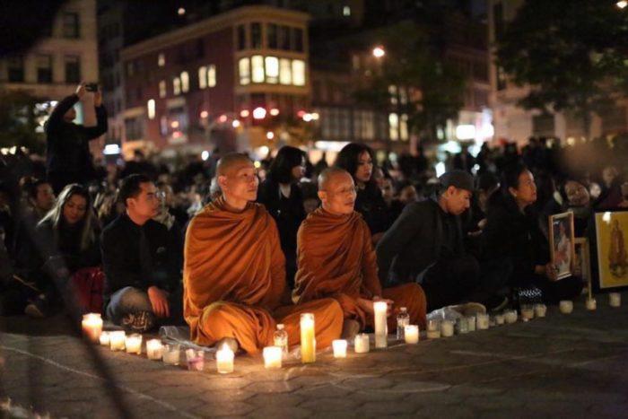 People mourn King Bhumibol Adulyadej Thursday at the Royal Thai Embassy in Washington DC. (Photo by Royal Thai Embassy, Washington DC., via Facebook.)