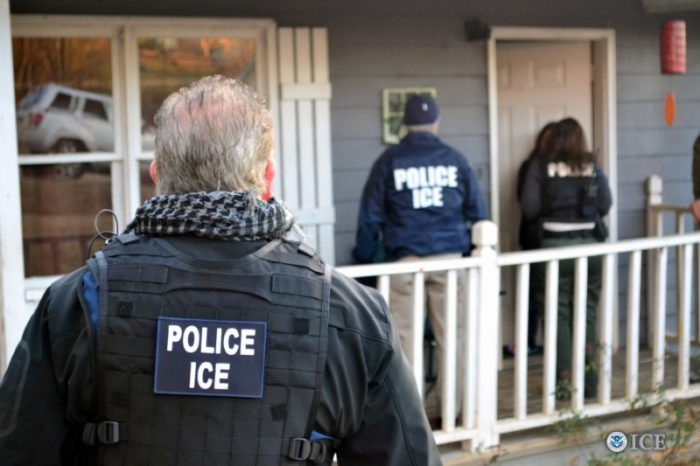 U.S. Immigration and Customs Enforcement (ICE) officers conduct a targeted enforcement operation in Atlanta, Georgia, U.S. on February 9, 2017. (Photo by Bryan Cox/U.S. Immigration and Customs Enforcement via REUTERS)